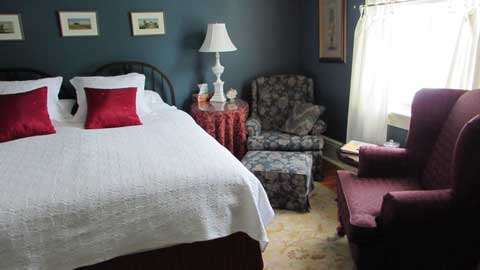 Room 203 at Telegraph House Bed & Breakfast, Port Stanley