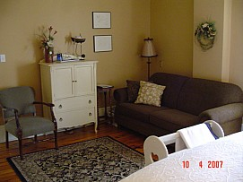 202couch.p.jpg: 1024x768, 120k (August 05, 2015, at 12:14 PM)